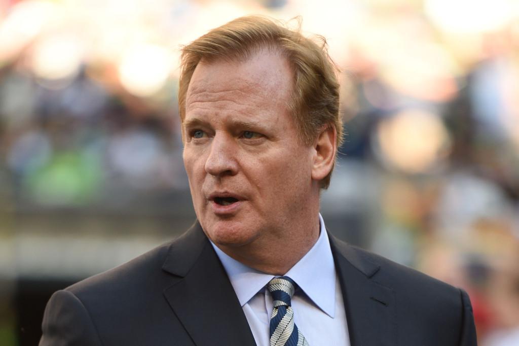 NFL Pushes Back Franchise Tag Window + Latest On CBA