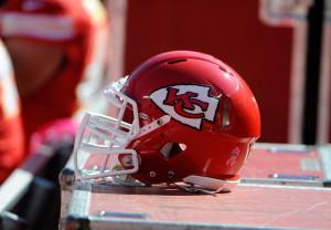 Kansas City Chiefs helmet general (Featured)