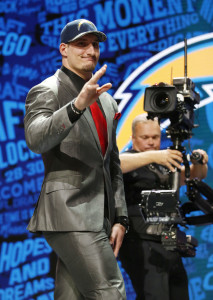 Joey Bosa (vertical)