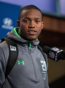 Darron Lee (vertical)