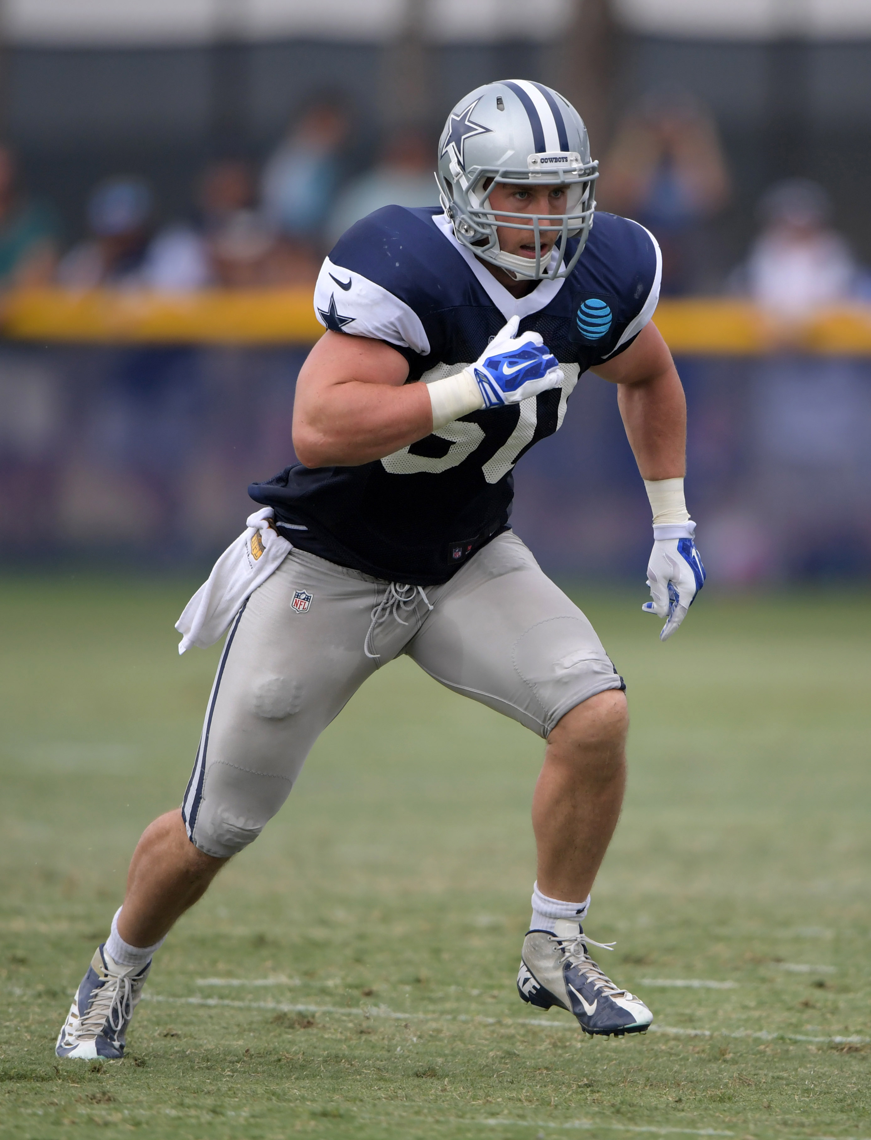 Cowboys Sean Lee Restructure Contract