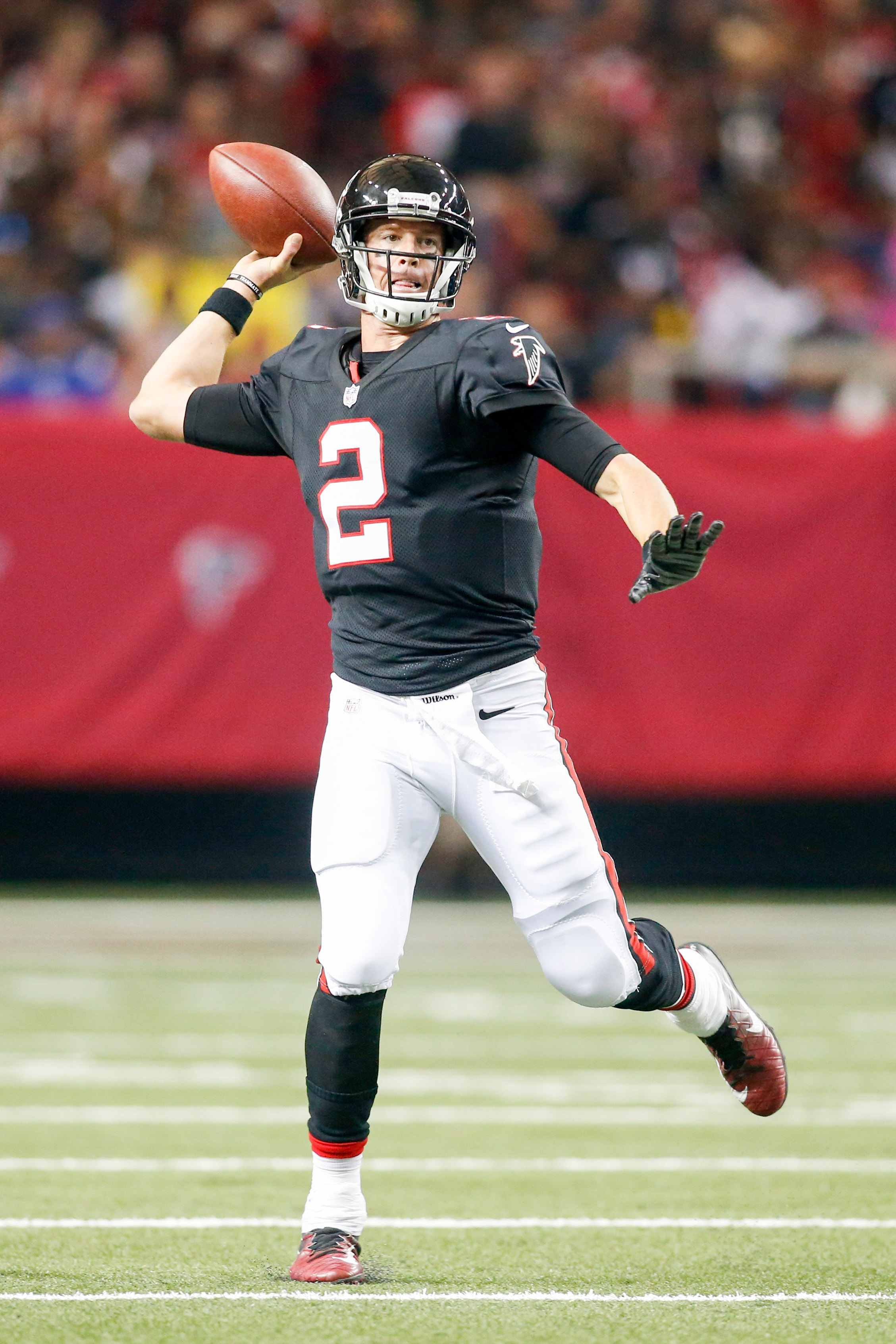 Falcons Willing To Make Matt Ryan League s Highest Paid QB