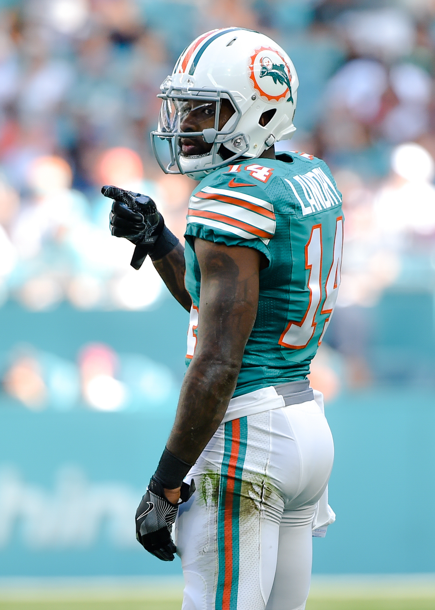 Dolphins Plan To Extend Jarvis Landry