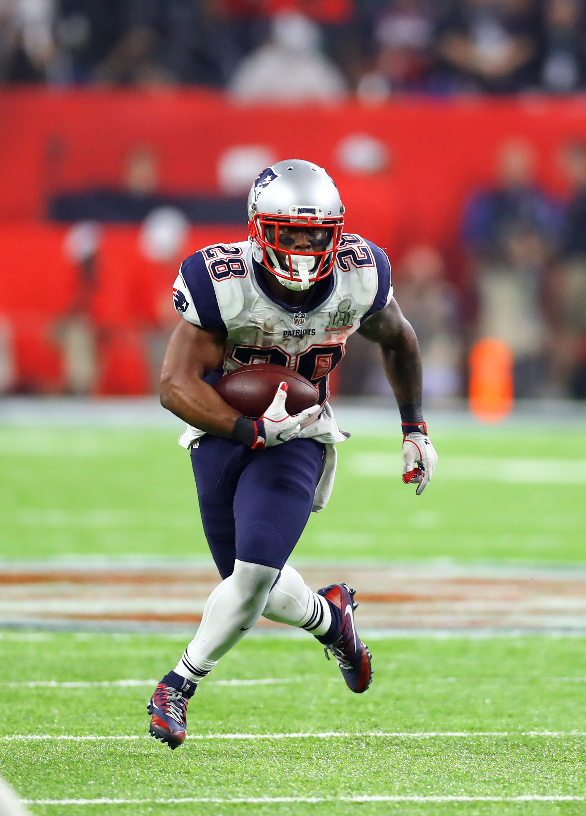 Patriots To Extend James White