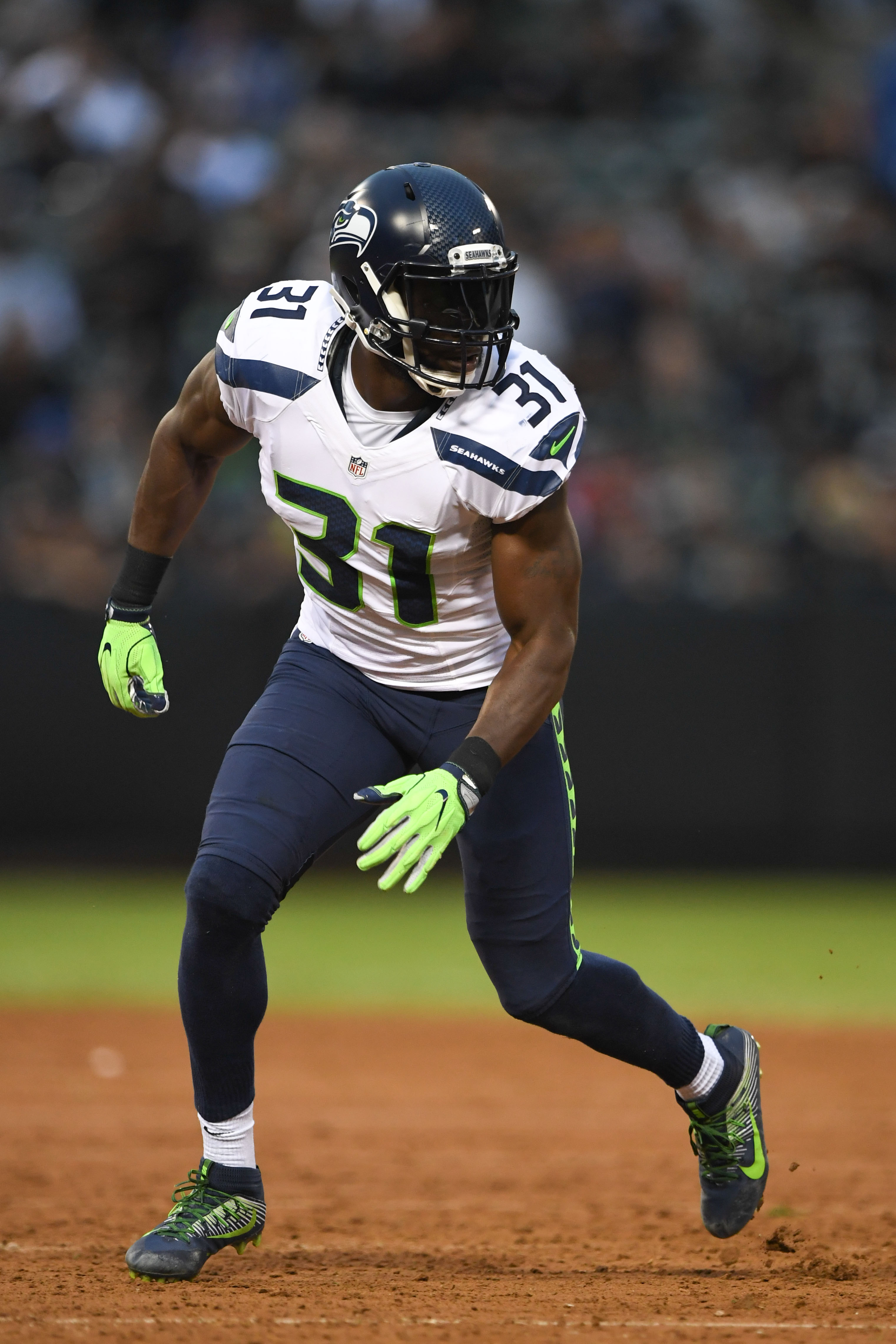 Seahawks S Kam Chancellor Out For Year