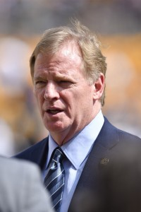Roger Goodell (vertical)