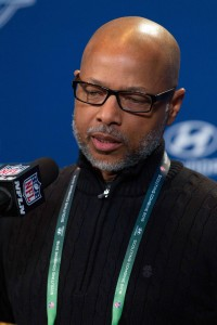 Jerry Reese (vertical)