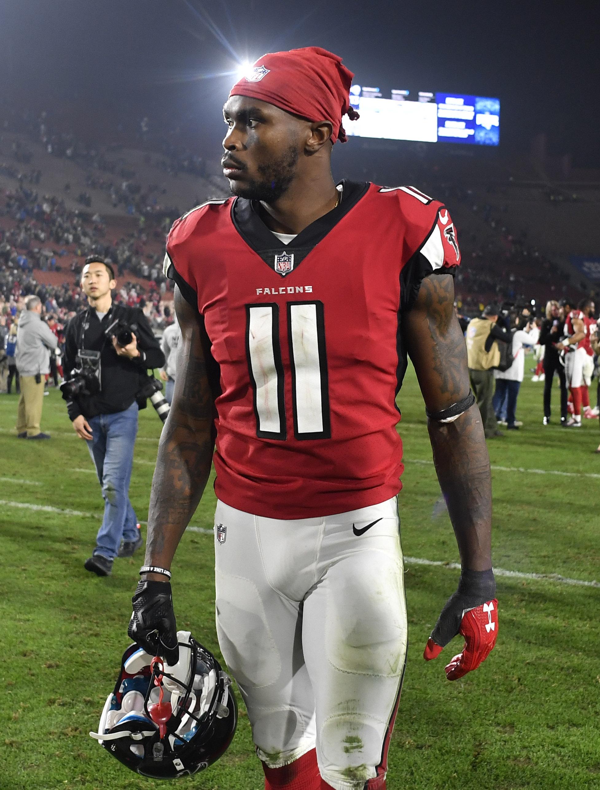 Julio Jones Reports To Falcons